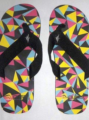 черные сланцы с геометрическими фигурами
