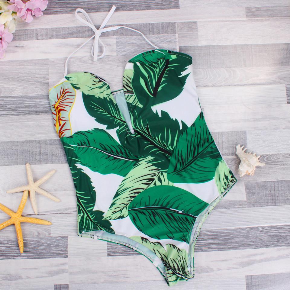 цельный белый купальник с зелеными листьями