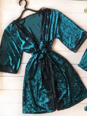 атласная пижама с кружевом