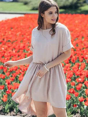 пудровое ассеметричное платье, красное платье, бежевое платье