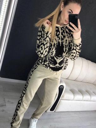 модные леопардовые костюмы