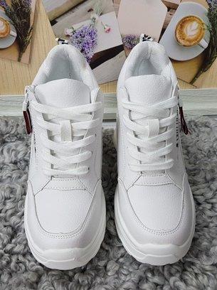 белые кроссовки сникерсы, кроссовки на высокой платформе