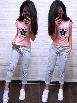 костюм со звездой, костюм звезда, футболка со звездой и рваные брюки, футболка пайетка