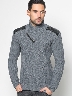 теплый стильный свитер мужской