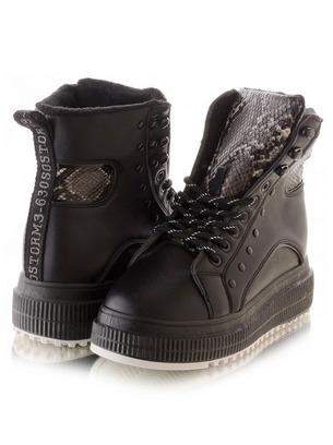 модные ботинки на танкетке со стразами