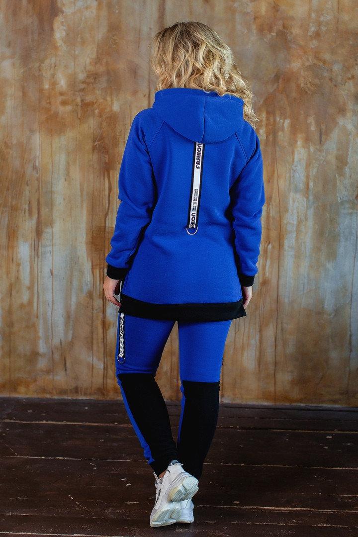 Женский утепленный спортивный костюм больших размеров