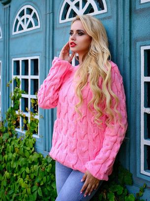 модный свитер коса, розовый свитер лало, модные свитера женские