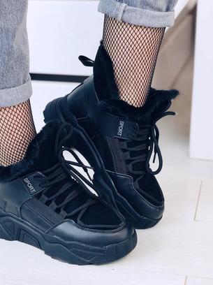 Женские зимние ботинки кроссовки