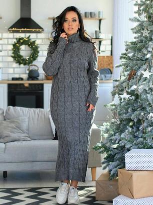 Стильное длинное теплое вязаное платье