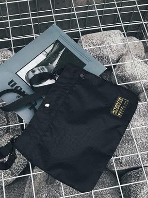 Практичная мужская сумка
