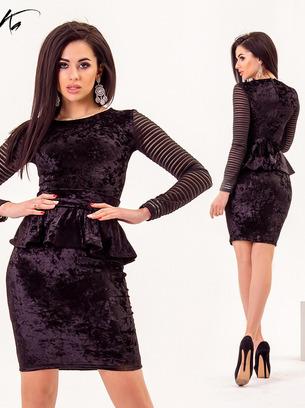 Элегантное платье мини с баской из бархала