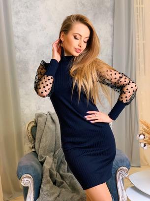 Стильное женское платье с рукавом из сетки