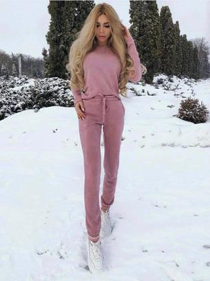 Стильный прогулочный теплый женский спортивный костюм