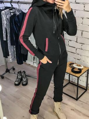 Женский спортивный костюм для пышных дам больших размеров