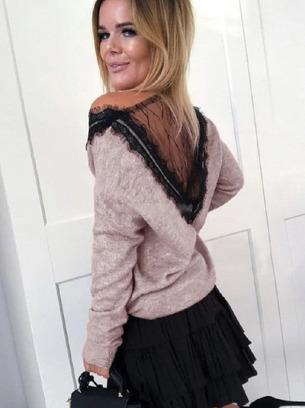 Ангоровая женская кофточка с кружевной спинкой