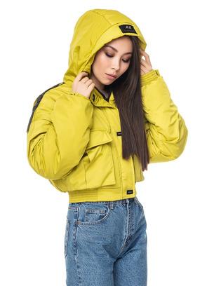 Модная женская демисезонная укороченная куртка