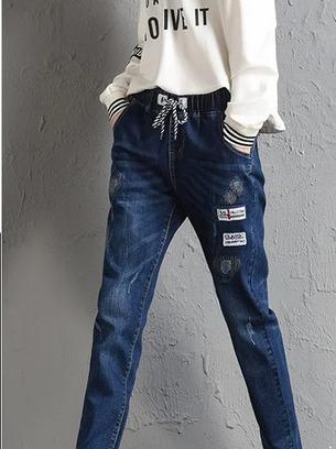 Стильные женские джинсы на резинке