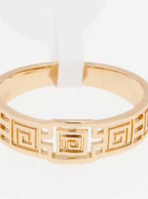 Симпатичное женское кольцо под золото с орнаментом