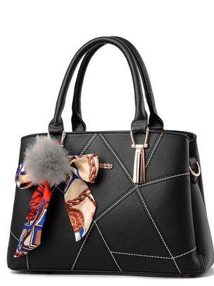модные сумки, сумка с брелком