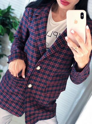 Классный женский пиджак в стильную клетку