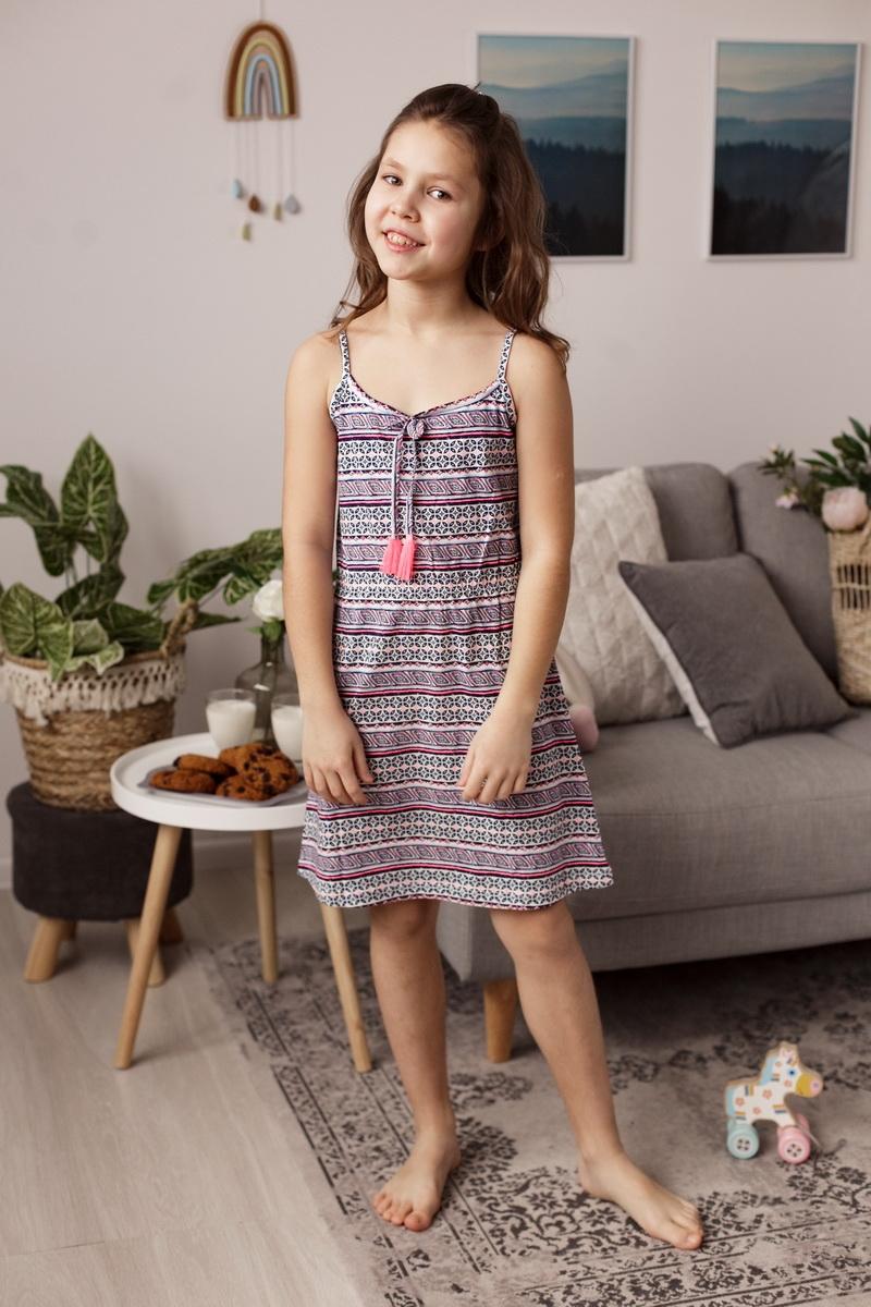 Милое платье для девочек с орнаментом
