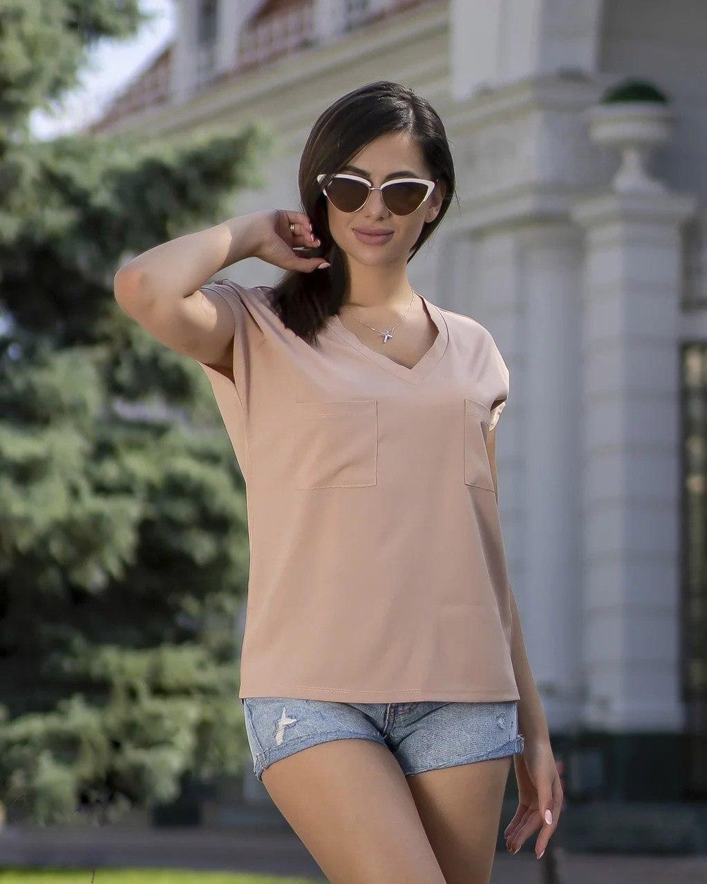 Модная летняя женская блузка