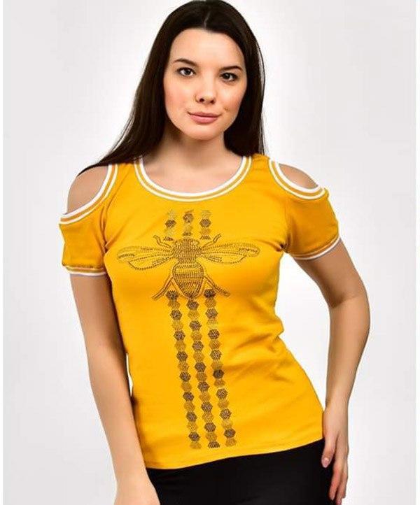 Интересная женская футболка с открытыми плечами