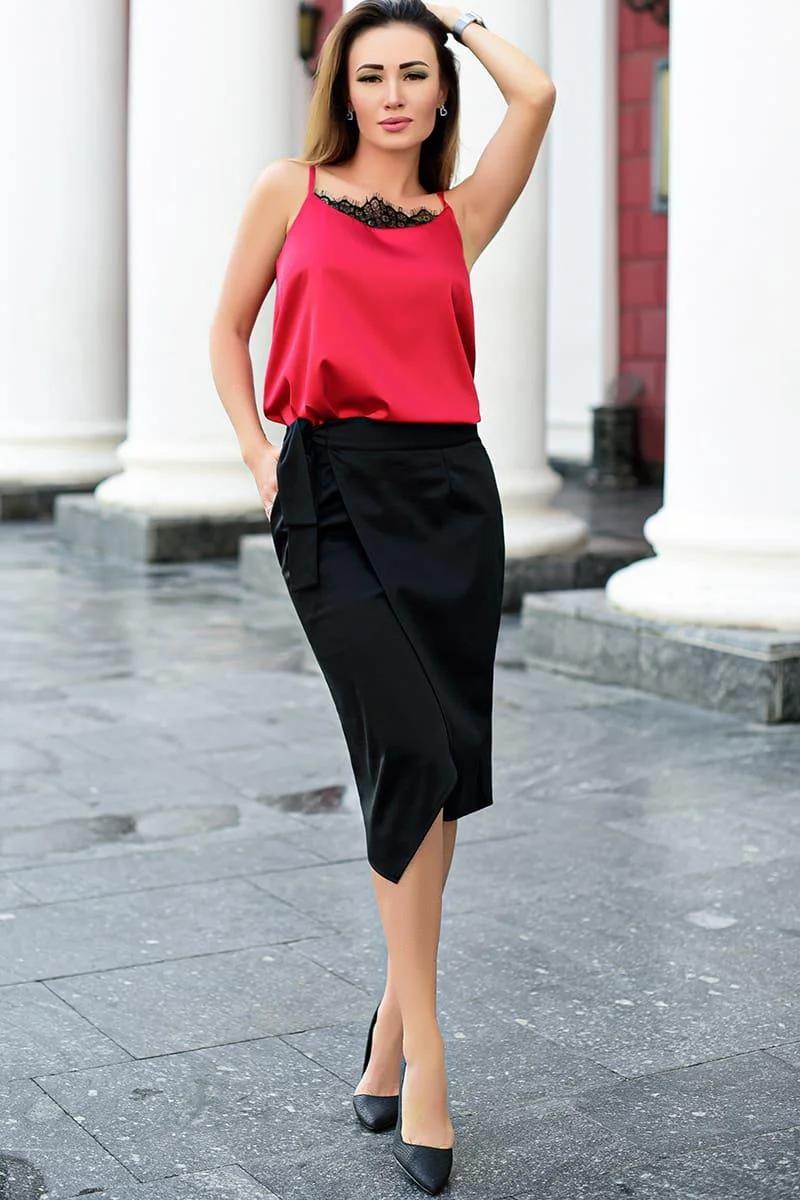 Стильная и модная женская юбка на запах больших размеров