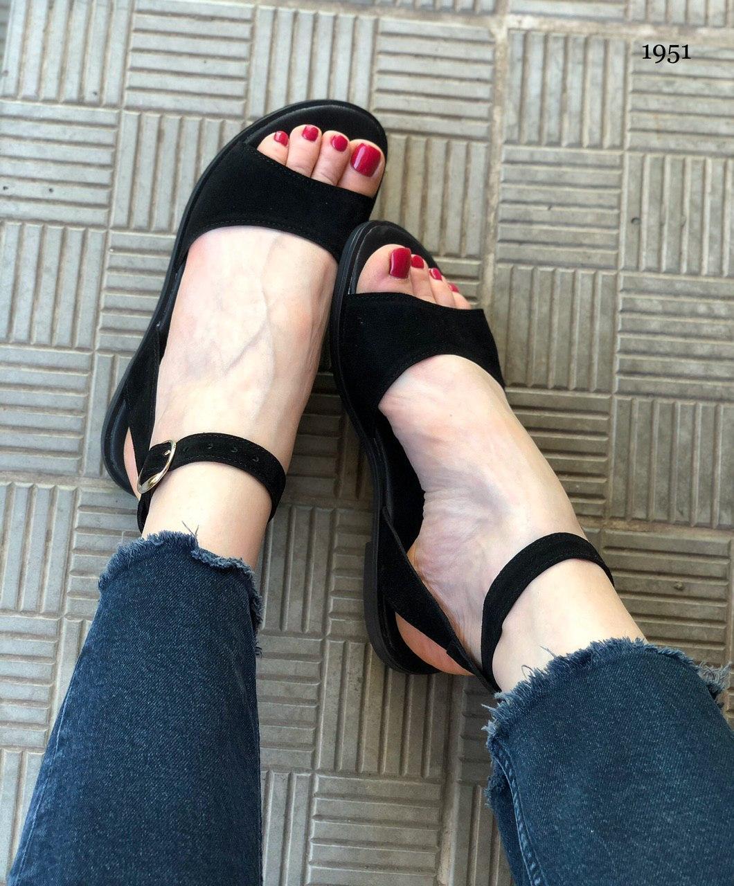 Стильные женские кожаные летние сандалии
