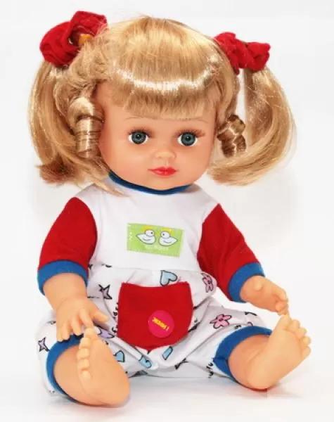 Симпатичная кукла в стильном наряде
