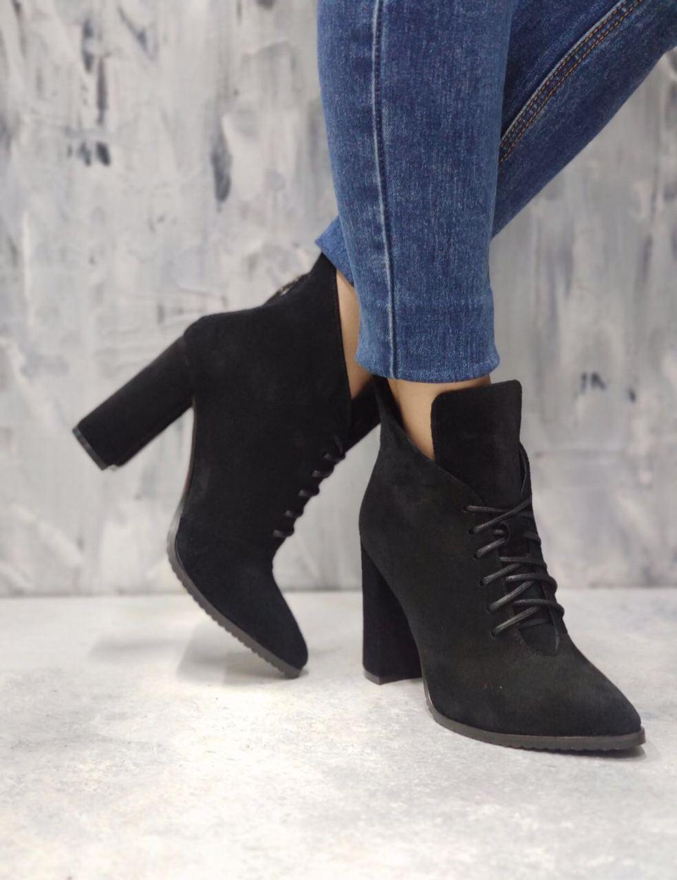 ботинки на каблуке, ботинки из замши