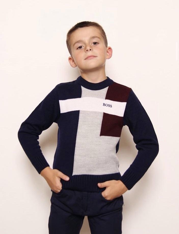 модный детский свитер для мальчика