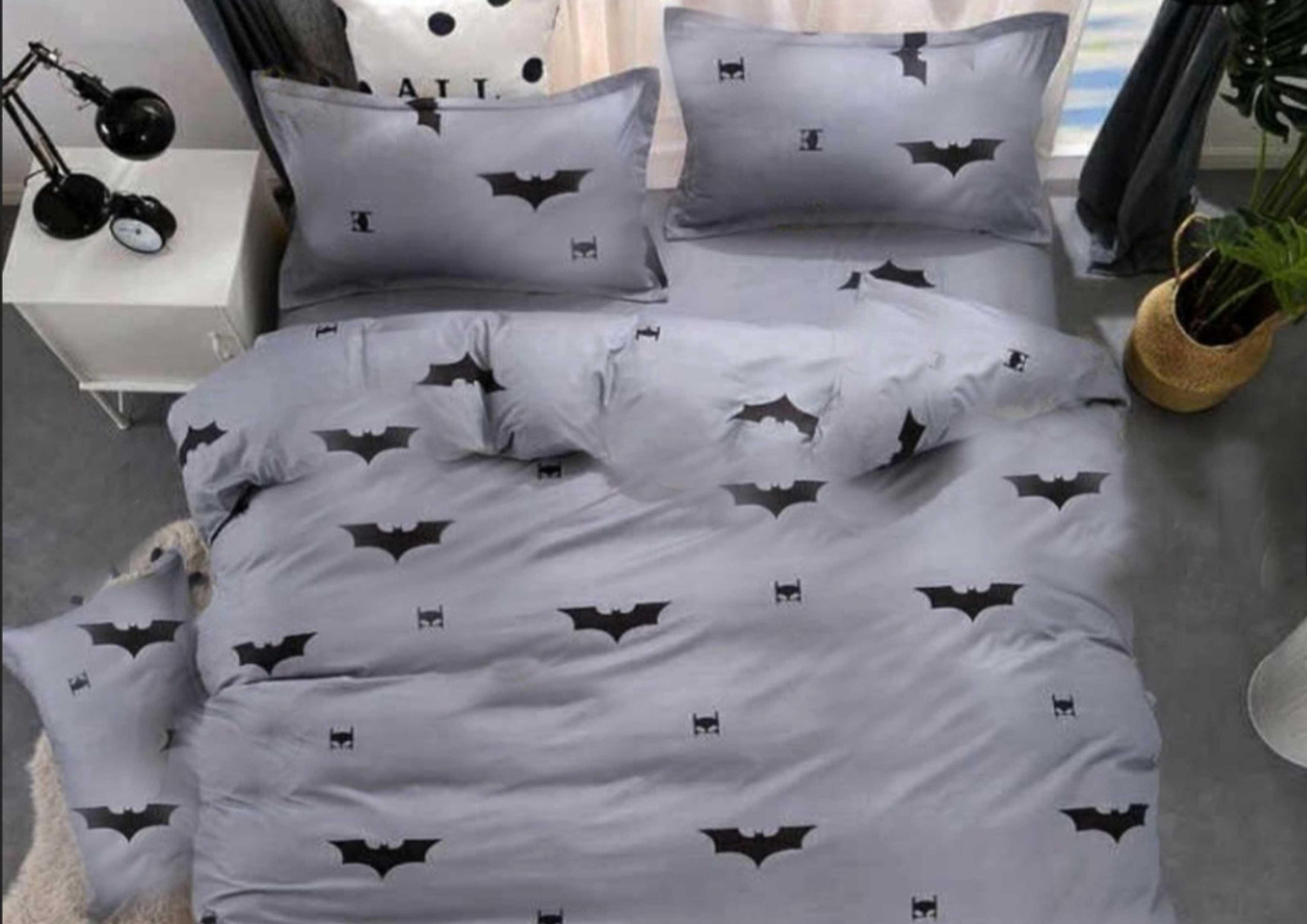 постельное с летучими мышами