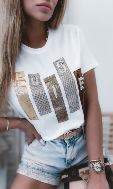 Модная гламурная женская футболка на лето со страз ...