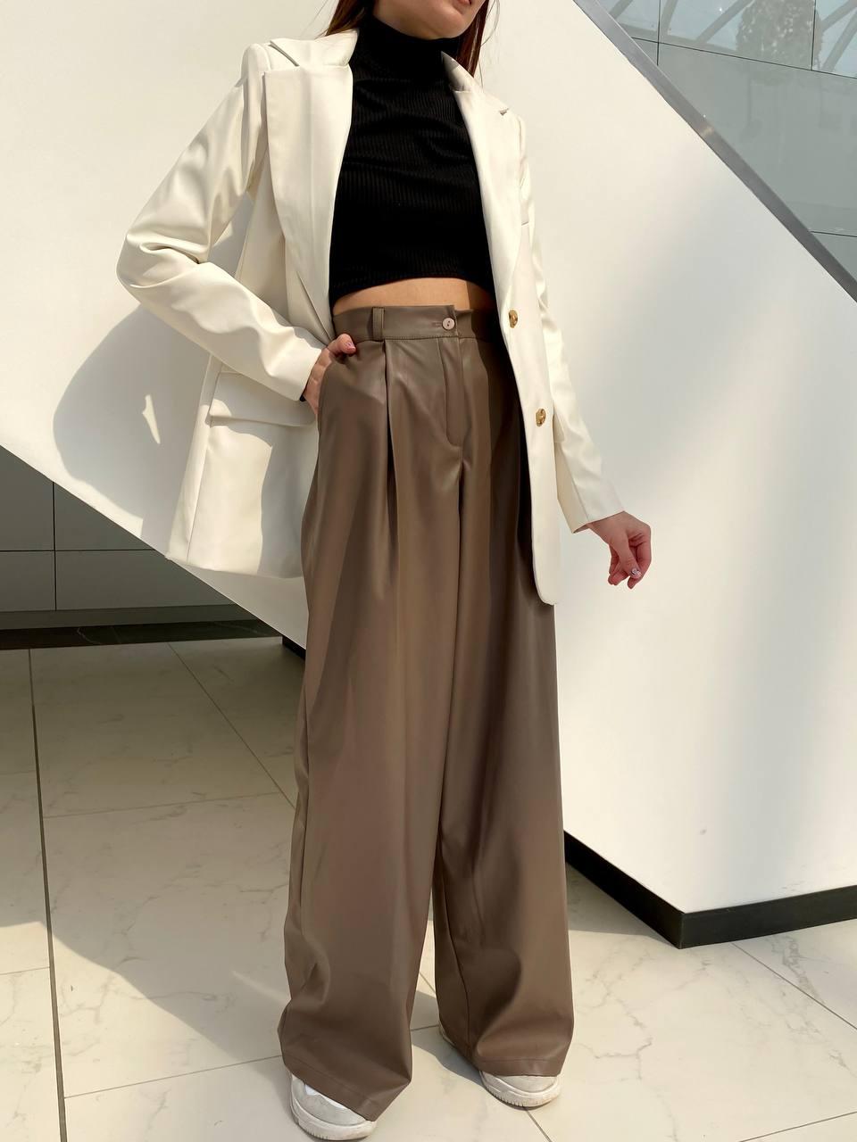 Крутые женские брюки  палаццо из кожи