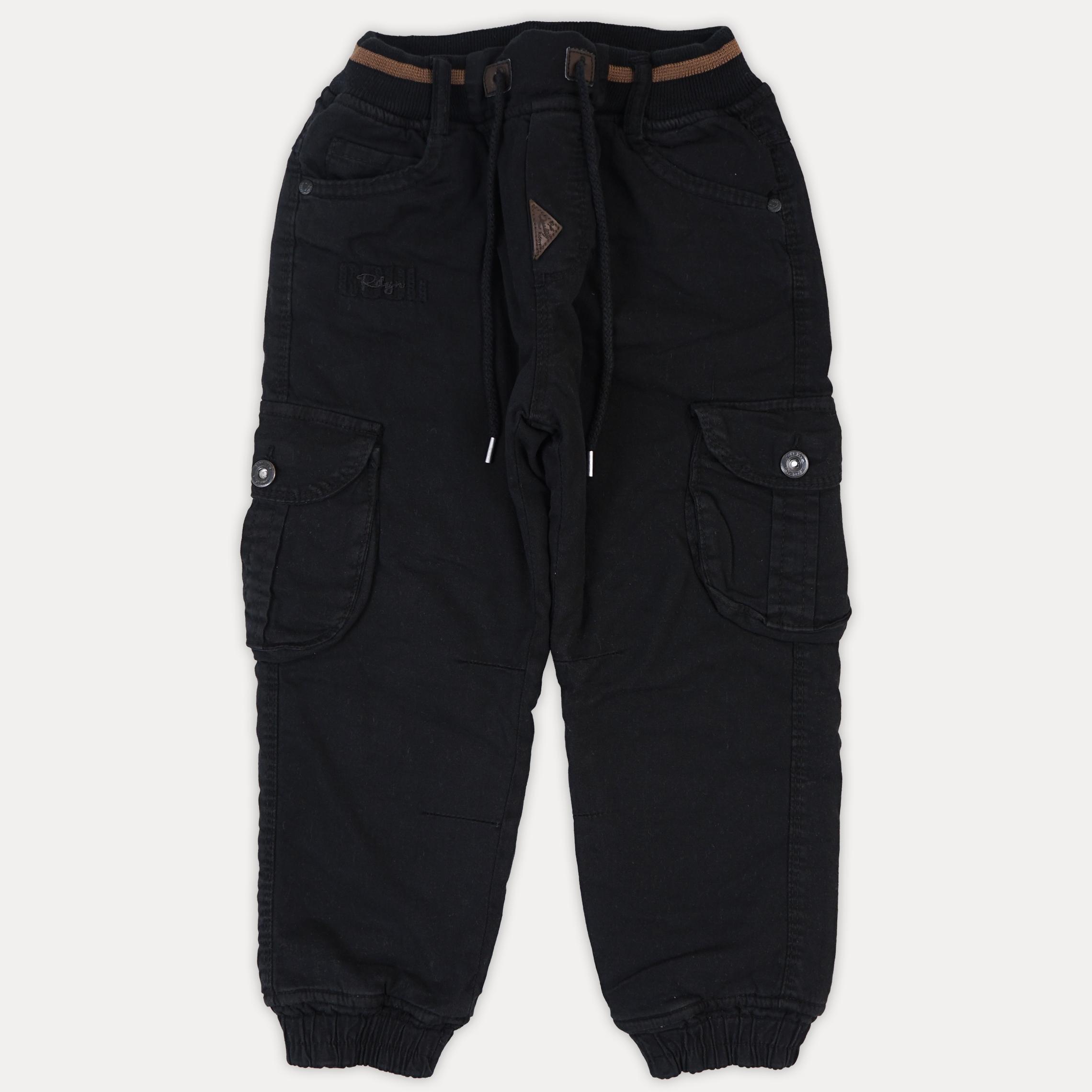 Теплые детские джинсы с накладными карманами для м ...