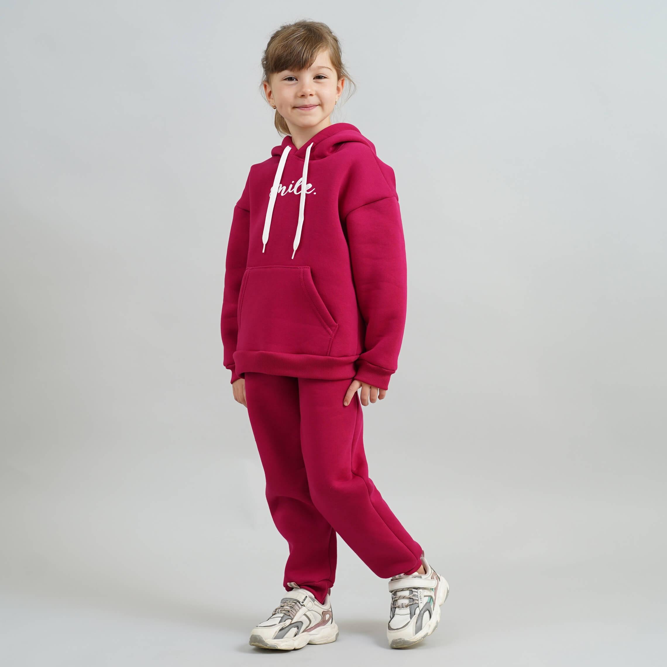 Стильный теплый костюм для девочки