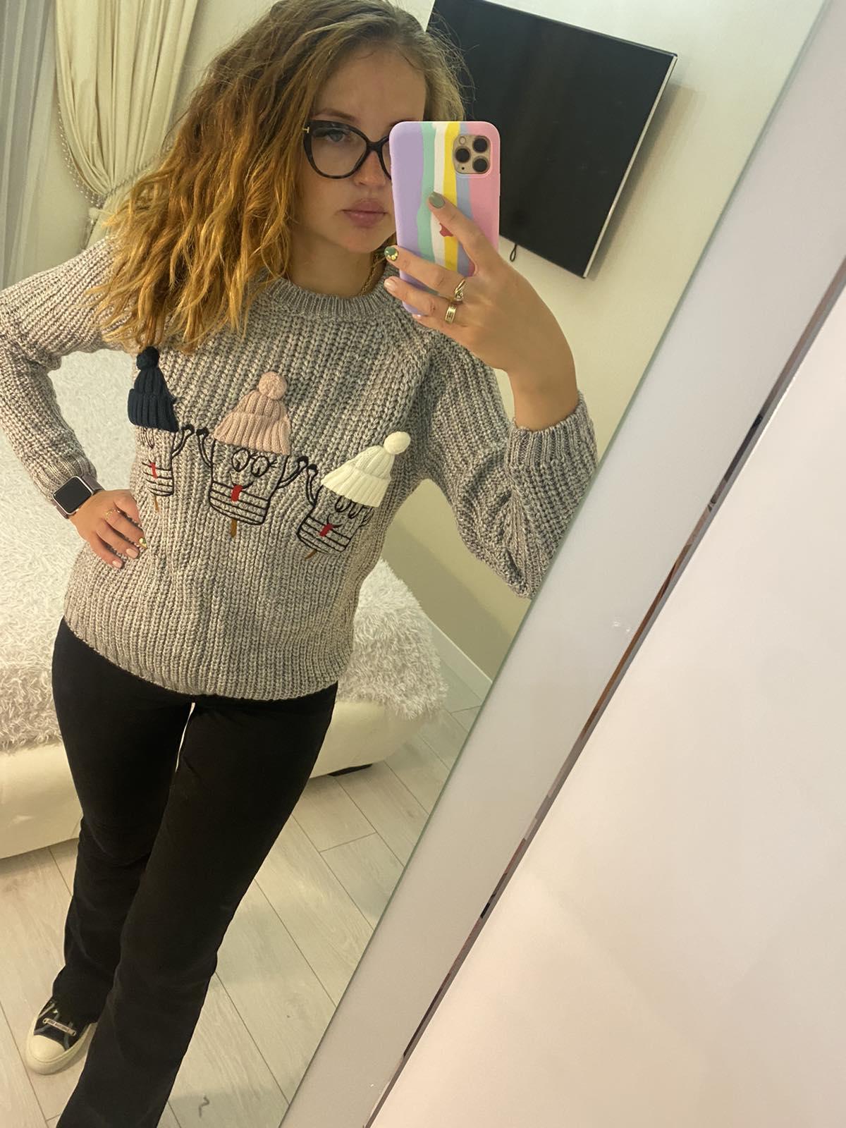 Уютный теплый свитер для женщин